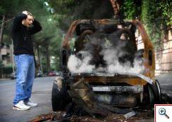 642052_burned_car